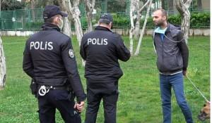 Yasağa aldırış etmeyen vatandaşlar parka girince, polis tarafından uyarıldı